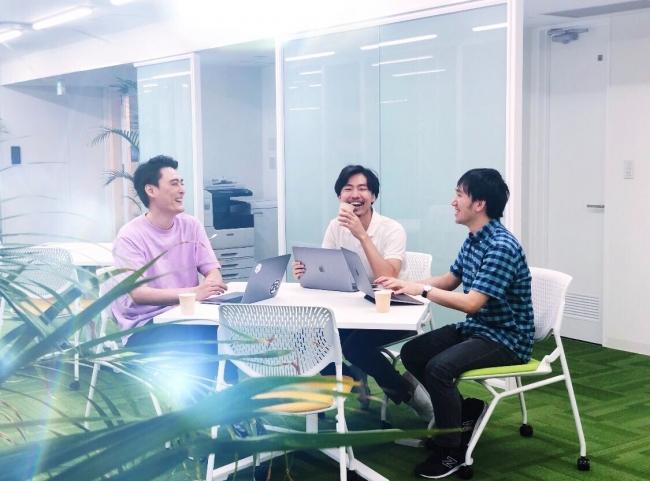 ファンファーレ中山(写真左)、ファンファーレCEO 近藤(写真中央)、ファンファーレCTO矢部(写真右)