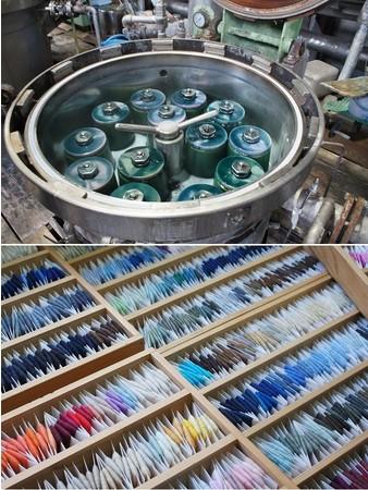 生糸を染めて生地を織る、「先染め」が播州織の伝統です。これらの糸が、細やかな柄を生み出します。