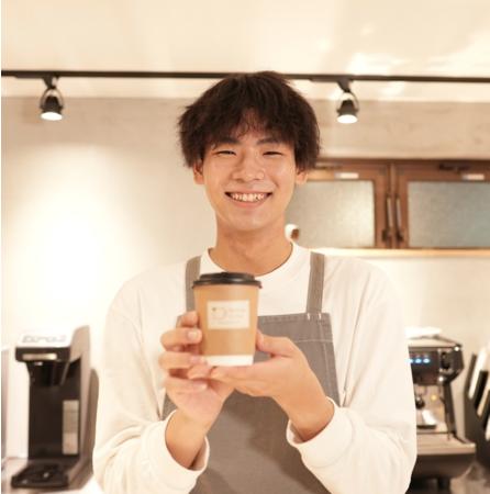 Nable Cafe スタッフ 小山